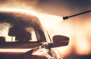 cómo limpiar bien el coche por fuera