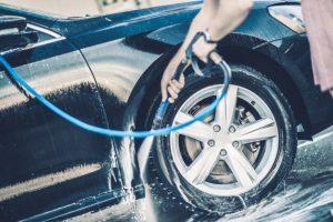cómo limpiar el coche por fuera