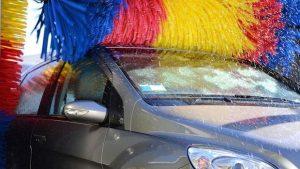 cómo limpiar un coche por fuera