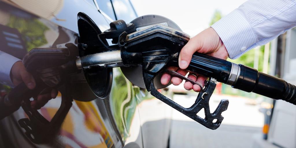 repostar gasolina autoservicio