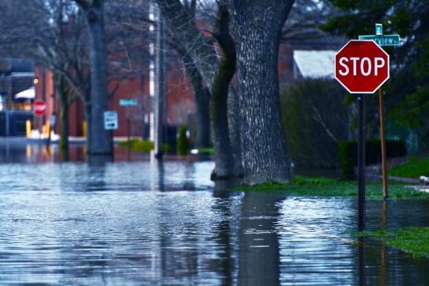 calle inundada marbesol